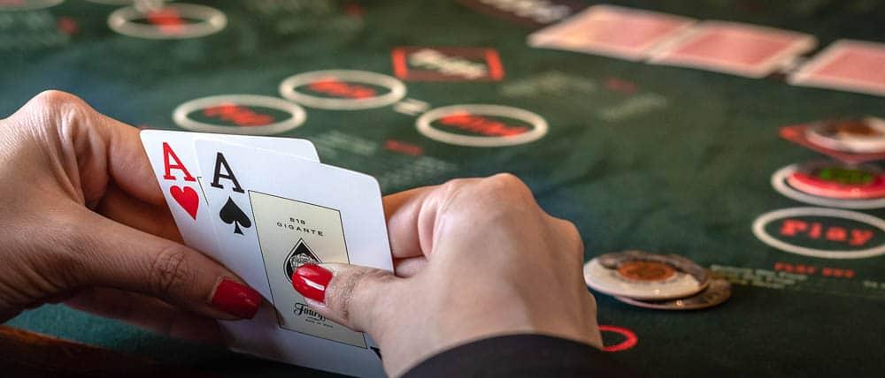 Parali Poker Oyna